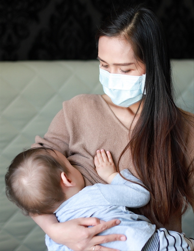 Ibu Menyusui Minum Obat karena Positif COVID-19, Berpengaruh pada ASI Enggak Ya? (641697)