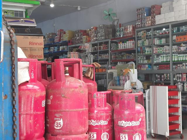 Oksigen Kosong di 2 Toko di Banggai, Sulteng (1004886)