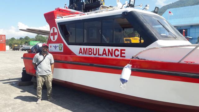 Flores Timur Dapat Bantuan 1 Ambulans Laut dari Kedutaan Jepang (1224)