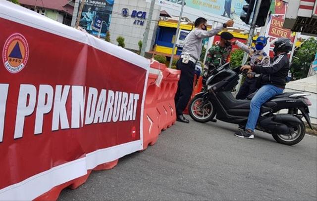 Wali Kota Padang Hendri Septa Akui Penerapan PPKM Ada Plus Minusnya (610809)