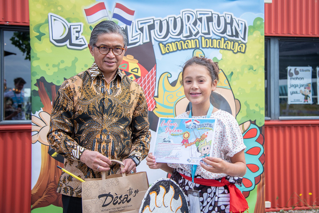 Antusiasme Anak Diaspora Indonesia di Belanda Ikut Workshop De Cultuurtuin (140157)