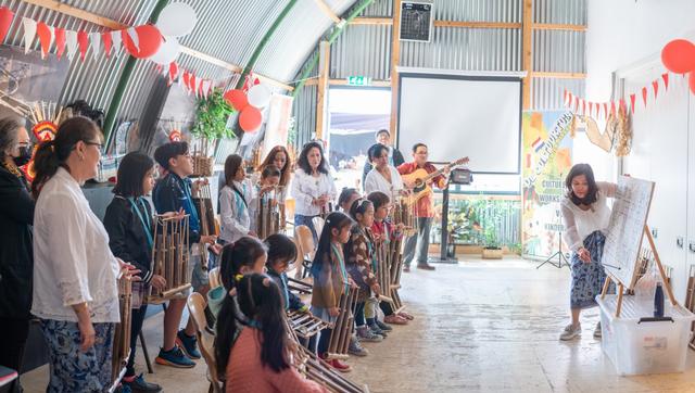 Antusiasme Anak Diaspora Indonesia di Belanda Ikut Workshop De Cultuurtuin (140159)