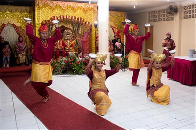 Macam-Macam Tarian Tradisional Suku Minang (660170)