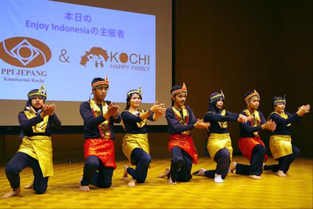 Macam-Macam Tarian Tradisional Suku Minang (660171)