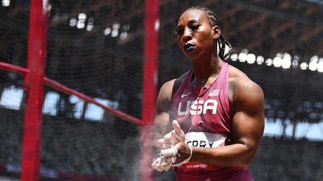 IOC Investigasi Atlet AS yang Bikin Gestur Tangan 'X' di Olimpiade 2020 (39667)
