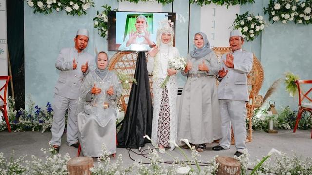 Mempelai Pria Corona, Ijab Kabul Pernikahan di Yogya Dilakukan via Video Call (254899)