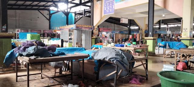 Foto: PPKM Level 3 Dilanjutkan, Sejumlah Pedagang di Kendari Pilih Menutup Lapak (676785)