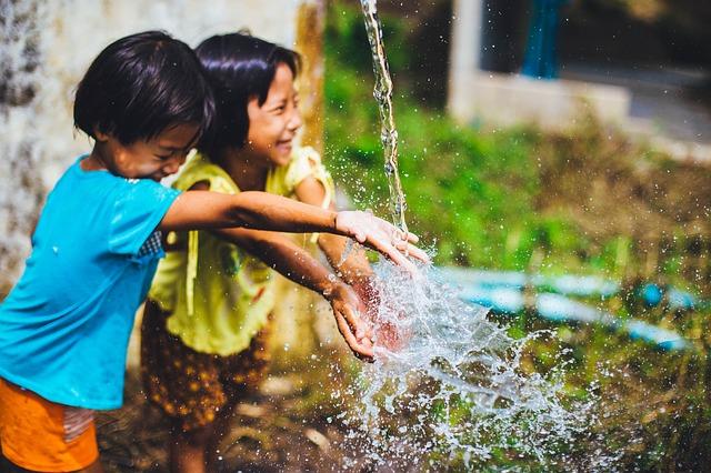 Upaya Meningkatkan Rasa Solidaritas Sosial pada Anak-anak (43512)