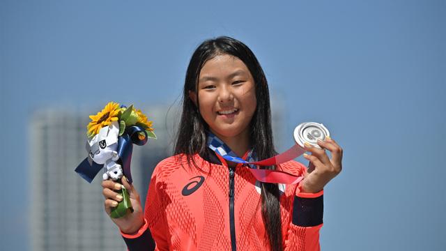 10 Momen Viral Olimpiade 2020: Fair Play Ahsan hingga Ganti Raket Greysia Polii (48799)