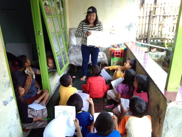 Cici Situmorang Dirikan Sekolah Kebhinekaan untuk Anak Tidak Mampu (43768)