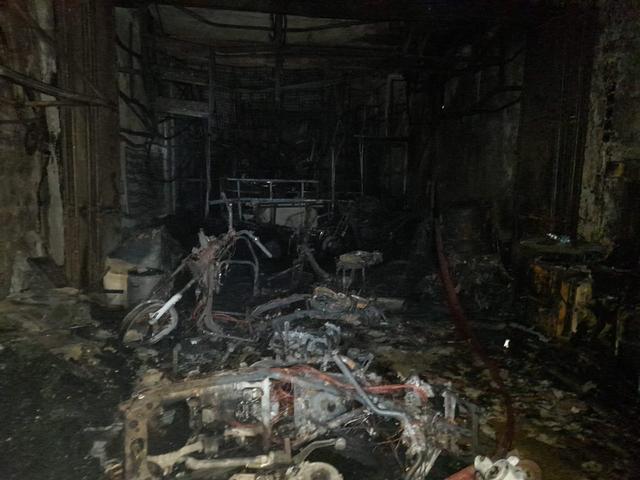 Polisi Temukan 5 Plastik Bensin di Bengkel yang Dibakar Dokter di Tangerang (47897)