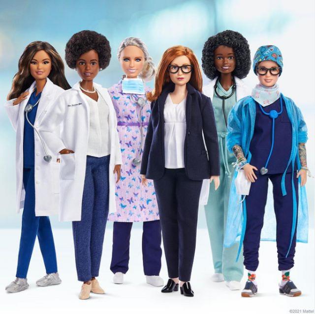 Melihat 6 Pahlawan Wanita Melawan COVID-19 yang Diabadikan Jadi Boneka Barbie (137147)