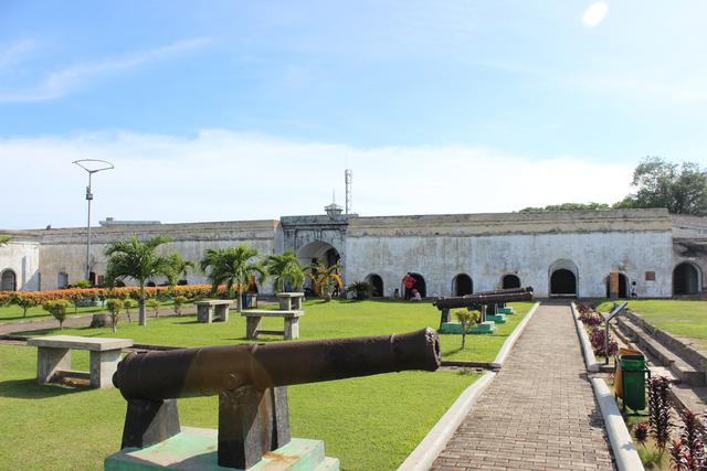 5 Benteng Bersejarah di Indonesia, Ada yang Berusia 476 Tahun (16315)