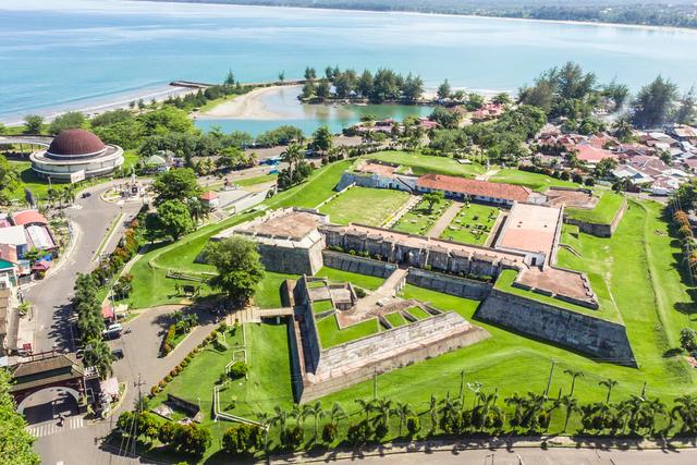 5 Benteng Bersejarah di Indonesia, Ada yang Berusia 476 Tahun (16313)