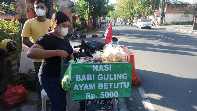 Kisah Penjual Nasi Kucing di Bali: Kena PHK dan Untung Rp 1 Ribu dari Jualan (164392)
