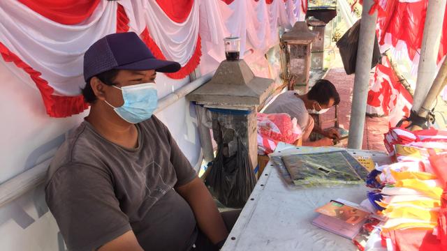 Nestapa Penjual Bendera di DIY di Bulan Kemerdekaan: Sepi Pembeli (10557)