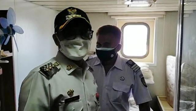 Bupati Minut Tinjau Kapal Isoman, Kerjasama Pemerintah dan PT Pelni (577357)