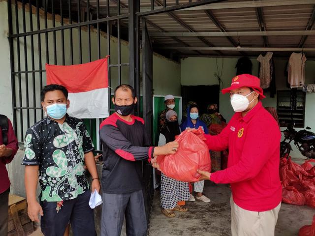 BINDA Kepri Lanjutkan Pemberian Bantuan Sosial Paket Sembako ke Warga Kepri (279702)