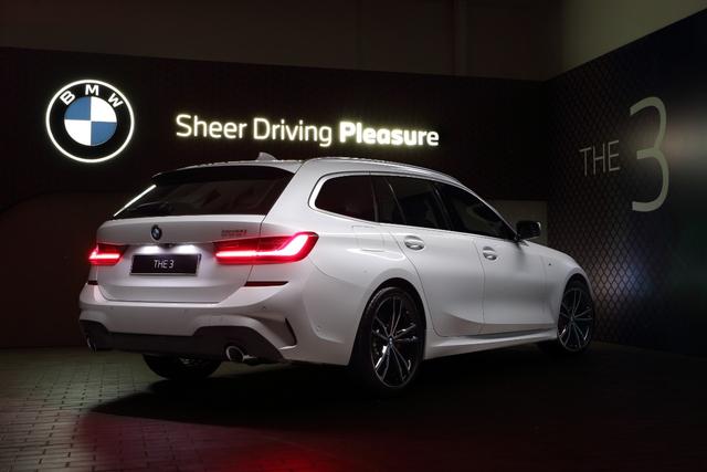 Stok BMW Seri 3 Touring Tinggal 2 Unit, Siapa Cepat Dia Dapat (98407)