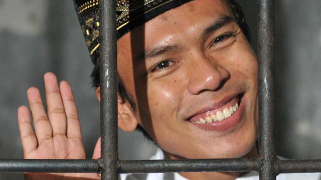 Pengacara Pastikan Ryan Jombang Sudah Hijrah dan Tak Pernah Mencuri Uang (18819)