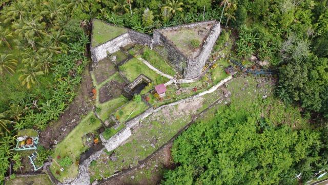 7 Benteng Bersejarah di Tidore Belum Terurus (9754)