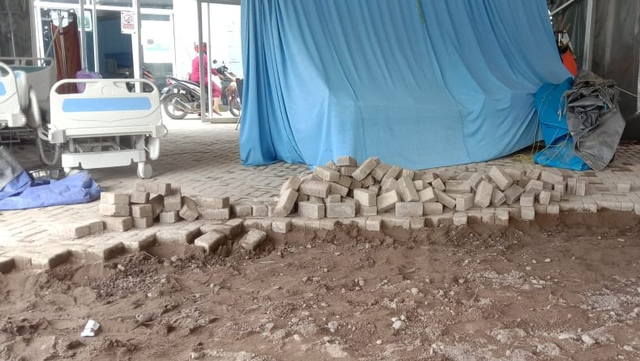 Usai Lantai Dibongkar, Listrik dan Air di RSUD Regional Sulbar Diancam Dicabut (43129)