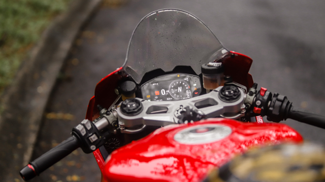 kumparan Test Ride: Sensasi  Tunggangi Ducati Panigale Termurah di Indonesia (50755)