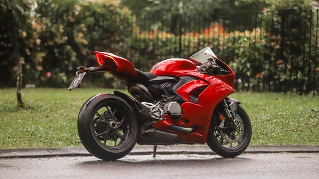 kumparan Test Ride: Sensasi  Tunggangi Ducati Panigale Termurah di Indonesia (50752)