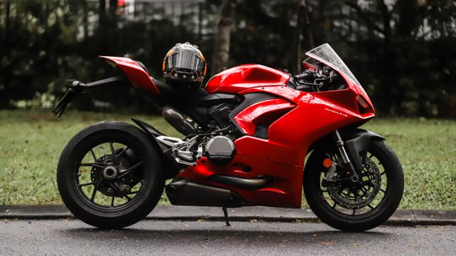 kumparan Test Ride: Sensasi  Tunggangi Ducati Panigale Termurah di Indonesia (50762)
