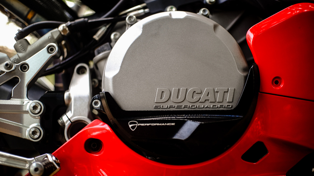 kumparan Test Ride: Sensasi  Tunggangi Ducati Panigale Termurah di Indonesia (50758)