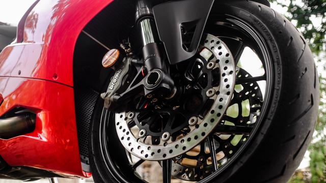 kumparan Test Ride: Sensasi  Tunggangi Ducati Panigale Termurah di Indonesia (50761)
