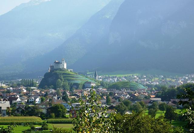 Mengenal Liechtenstein, Negara Terkecil di Dunia yang Ditinggali Jutawan (151932)