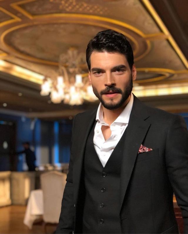 Pemain Drama Turki Hercai, Simak Biodata Lengkap Tokohnya Berikut Ini (200566)