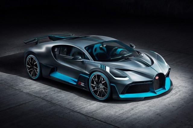 Bugatti Divo, Hypercar yang Jago Nikung (203910)