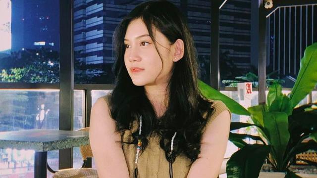 Zahra Nur Dipecat, Chika JKT48 Disanksi Imbas Foto Mesra (84868)