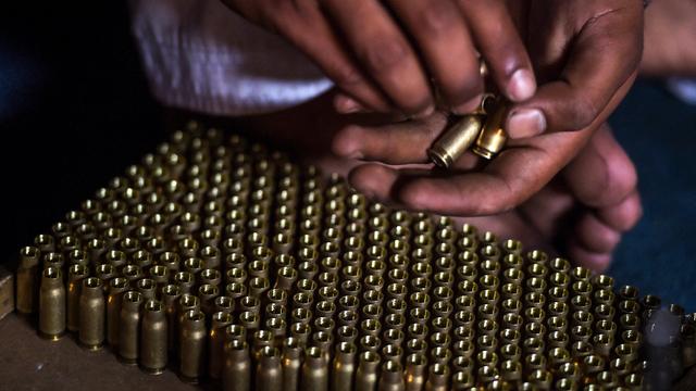 Kisah Kampung Senjata di Perbatasan Afghanistan dan Pakistan (55347)