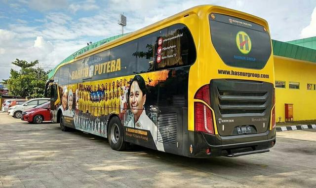 Foto: Deretan Bus Klub Sepak Bola Liga 1 2021, Mana yang Paling Keren? (264254)