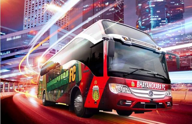 Foto: Deretan Bus Klub Sepak Bola Liga 1 2021, Mana yang Paling Keren? (264258)