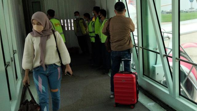 Kondisi Kepala BNPB Usai Alami Pendaratan Darurat Batik Air di Kualanamu (20687)