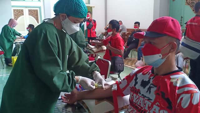PDIP Solo Terus Ajak Kadernya Donor Plasma Konvalesen (23890)