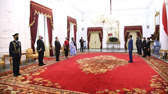 Jokowi Terima Surat Kepercayaan dari 4 Dubes Baru, Termasuk Australia (45938)