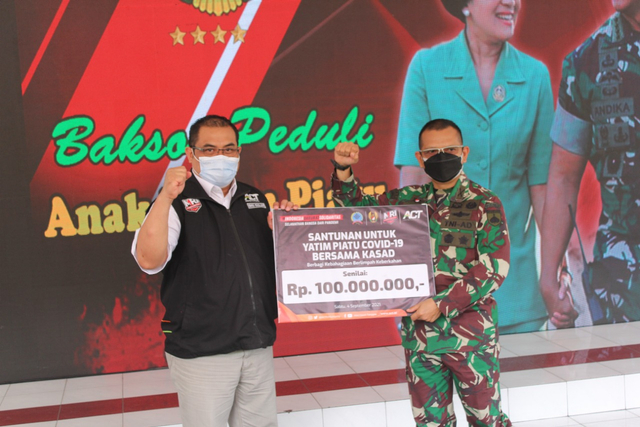 Kolaborasi ACT dan TNI AD Bantu Yatim Piatu Terdampak Covid-19 (143821)
