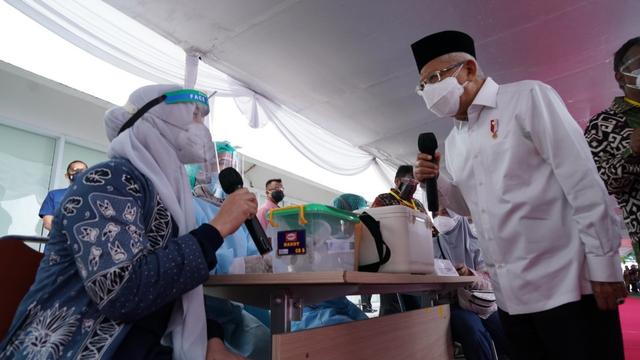 Ma'ruf: Pandemi Akan Jadi Endemi, 200 Juta Warga Harus Divaksin hingga Desember (145498)