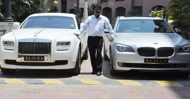 Dari Sehari Seribu, Tukang Cukur Ini jadi Miliarder Punya 400 Mobil Mewah