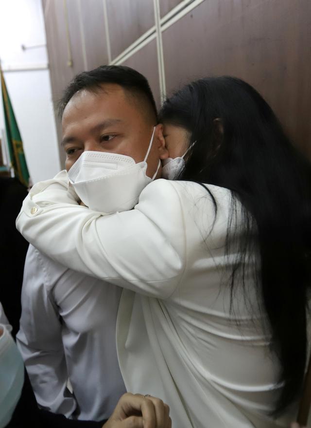 Divonis 4 Bulan Penjara, Vicky Prasetyo Ajukan Banding (615248)