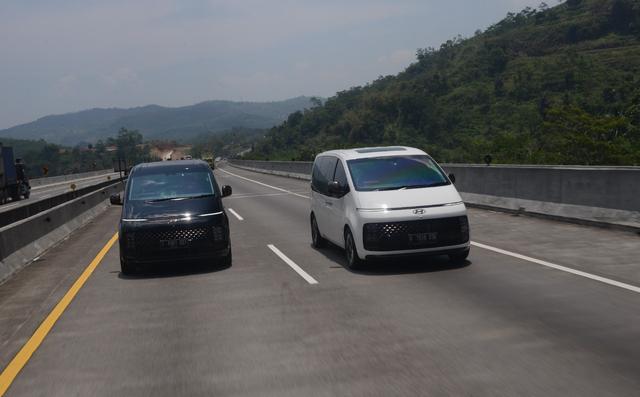 Foto: Perjalanan Jakarta-Bandung dengan Hyundai Staria (743955)