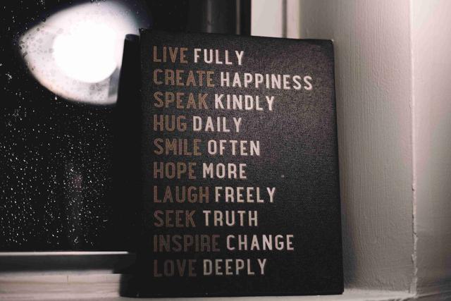 35 Kata-Kata Inspirasi Singkat untuk Melewati Hari yang Berat! (604767)