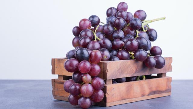Tips Aman Makan Buah Anggur saat Menyusui (9800)