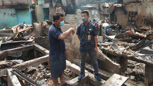 Disduk Capil Pastikan Permudah Korban Kebakaran di Batam Urus Dokumen (10365)