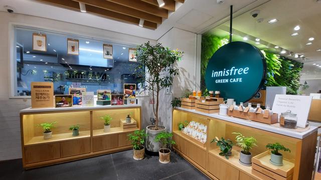 Acehkini Jalan-jalan: Nuansa Jeju di Inisfree Green Cafe Seoul, Korea Selatan (6667)